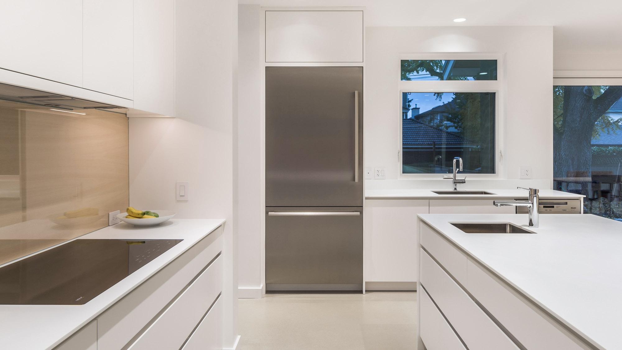Белые столешницы из акрилового камня для современной кухни — Modern Acrylic Stone