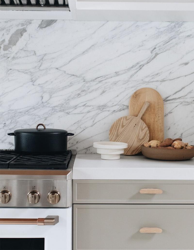 Широкая белая акриловая столешница на кухню — Modern Acrylic Stone