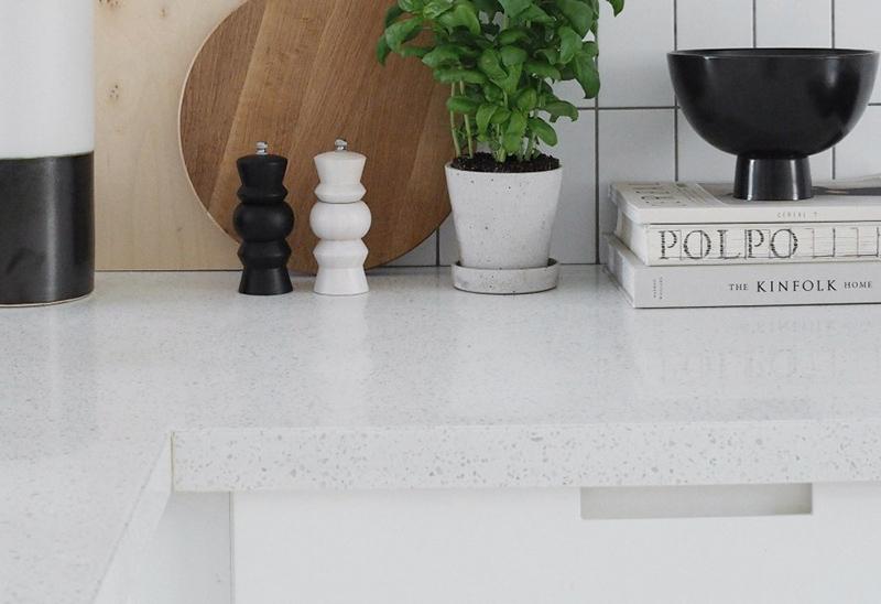 Столешница из искусственного акрилового камня на кухню — Modern Acrylic Stone