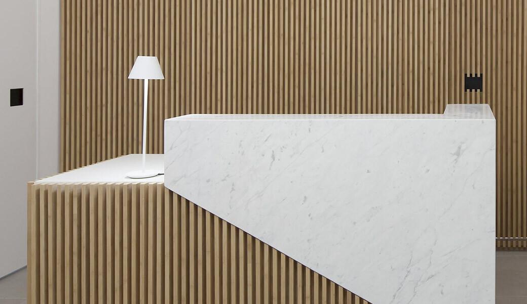 Ресепшн для отеля из искусственного камня — Modern Acrylic Stone