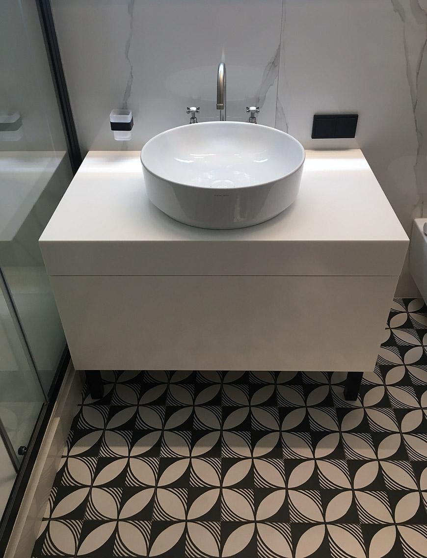 Тумба для ванной из акрилового камня Staron Bright White BW010 – фото 2 – Modern Acrylic Stone